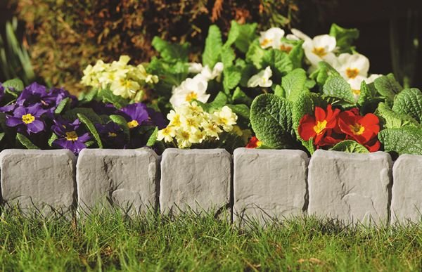 Garden Lawn Edging Stone Look (10Pcs) picture