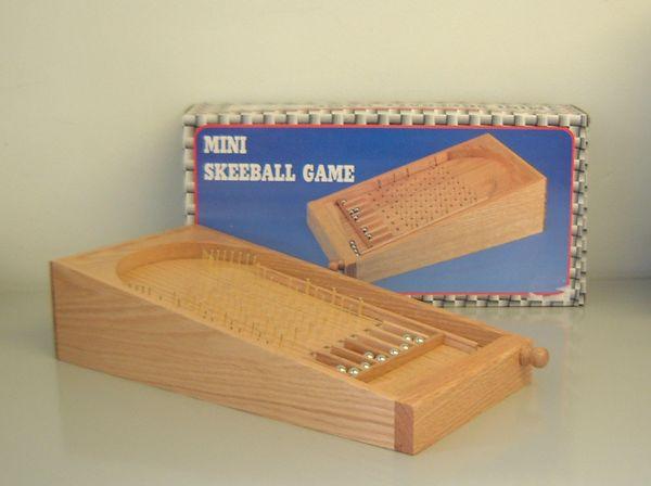 mini skeeball game picture
