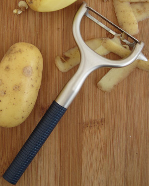 Peeler from Starfrit Kitchenware